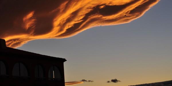 Un soir de printemps, le ciel de LEUCATE…..